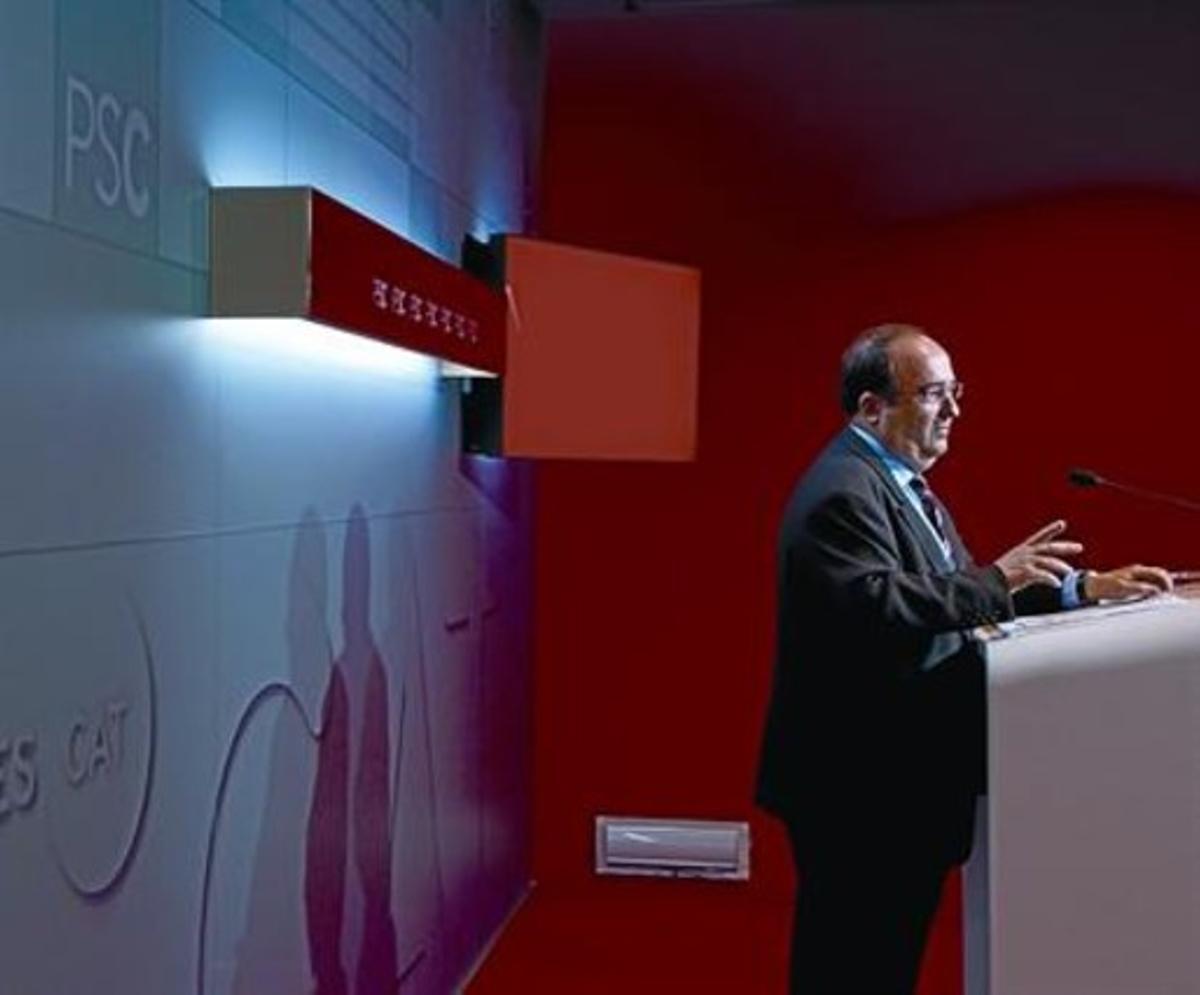 Miquel Iceta durante una rueda de prensa en la sede central del PSC en Barcelona.