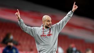 Guardiola, en el partido del City contra el Arsenal.