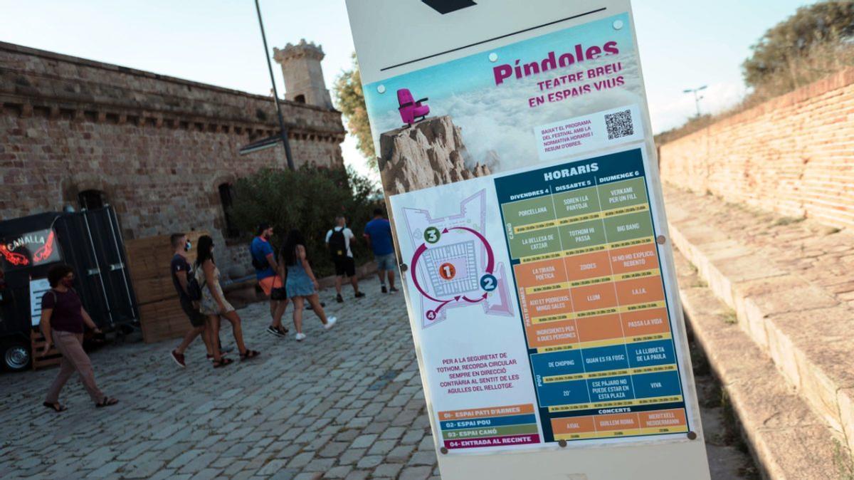 Este festival de microteatro y música tiene lugar en el Castell de Montjuïc.
