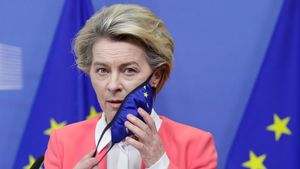 European Commission President Ursula von der Leyen gives a press statement following a phone call meeting with Britain s Prime Minister Boris Johnson  in Brussels  Belgium December 13  2020  Olivier Hoslet Pool via REUTERS
