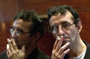 El escritor Roberto Bolano, en la presentacion de la nvoela 'Amberes', en Barcelona, en el 2002.