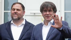 Free Catalan separatist leaders in Waterloo