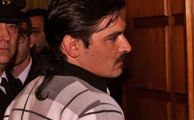 Un exconvicte per matar un agricultor comet un atracament per tornar a la presó