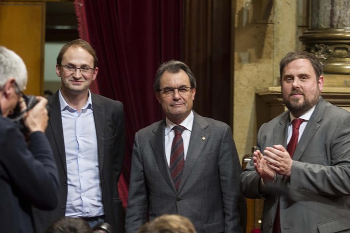 Herrera, Mas y Junqueras, en el Parlament, el pasado día 23.