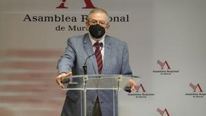 Alberto Castillo en la Asamblea Regional.