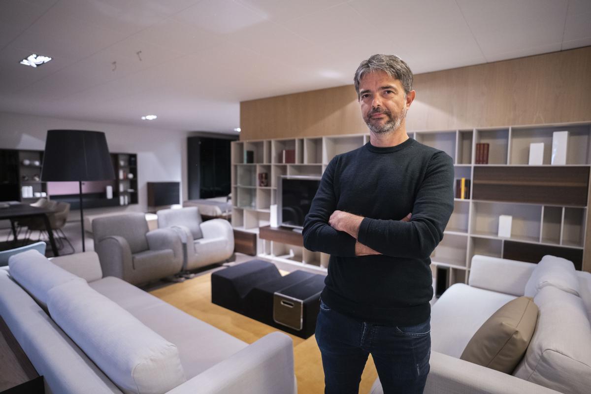 Loyra, la resistencia del mueble contra las casas calcadas