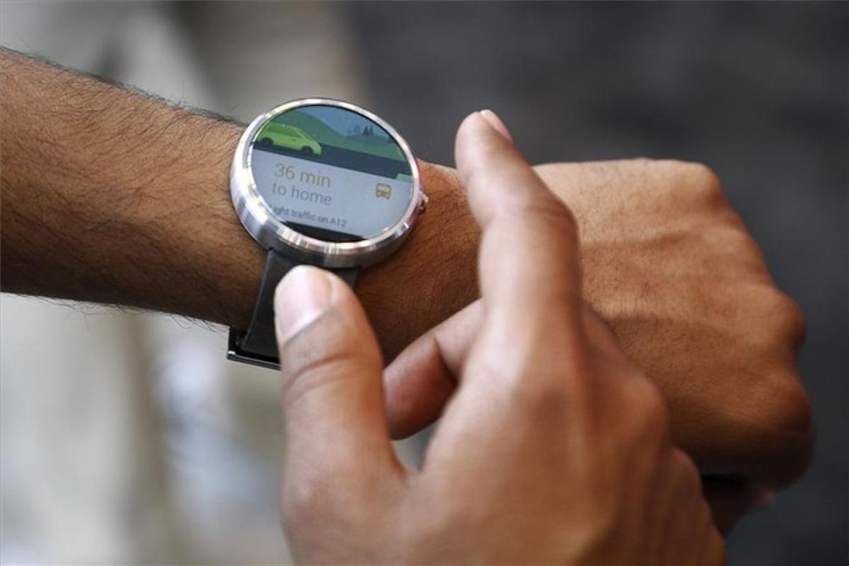 El reloj Moto 360 con Android Wear de Google.