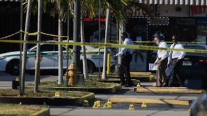 El lugar de Miami Dade donde se ha producido el tiroteo que ha acabado con dos muertos y 20 heridos.