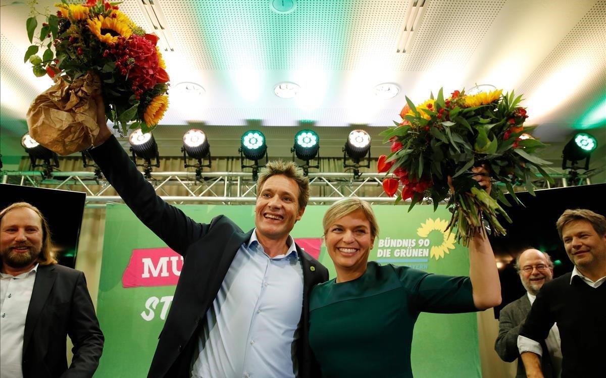 Katharina Schulze y Ludwig Hartmann celebran el avance de Los Verdes.