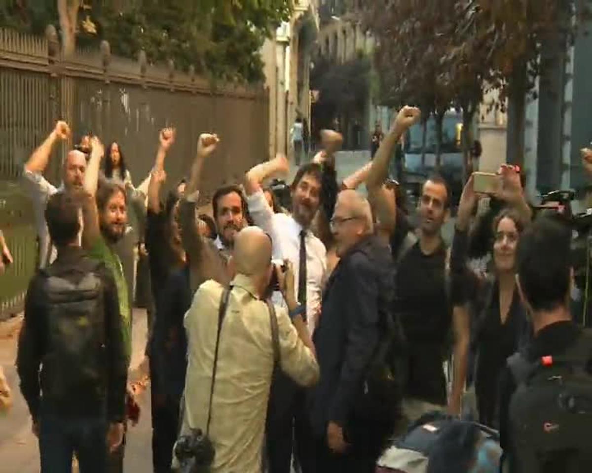 Miles de personas llenan el centro de Madrid contra la investidura de Rajoy