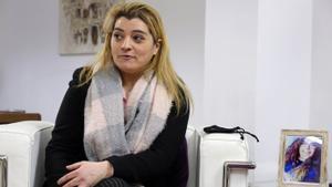La madre de Fátima explica el calvario que está sufriendo su hija en una prisión de Omán.