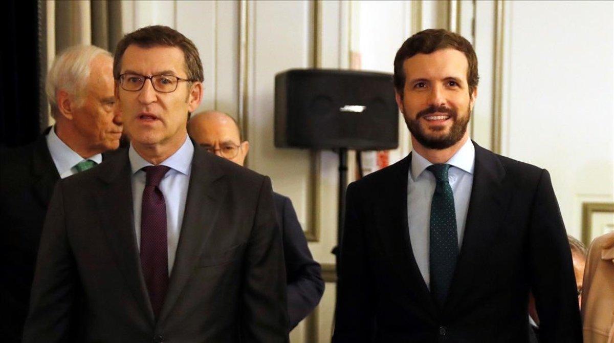 El presidente de la Xunta,Alberto Nunez Feijoo, y el lider del PP,Pablo Casado, en febrero, en Madrid.
