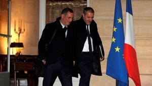 Los líderes corsos a la salida del palacio de Matignon.