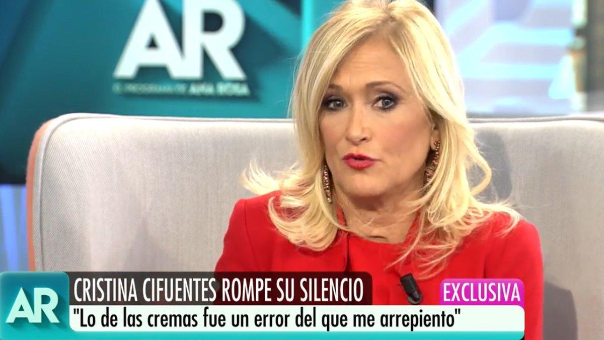 """Cristina Cifuentes, en su entrevista con Ana Rosa: """"Guardé las cremas en el bolso por equivocación"""""""