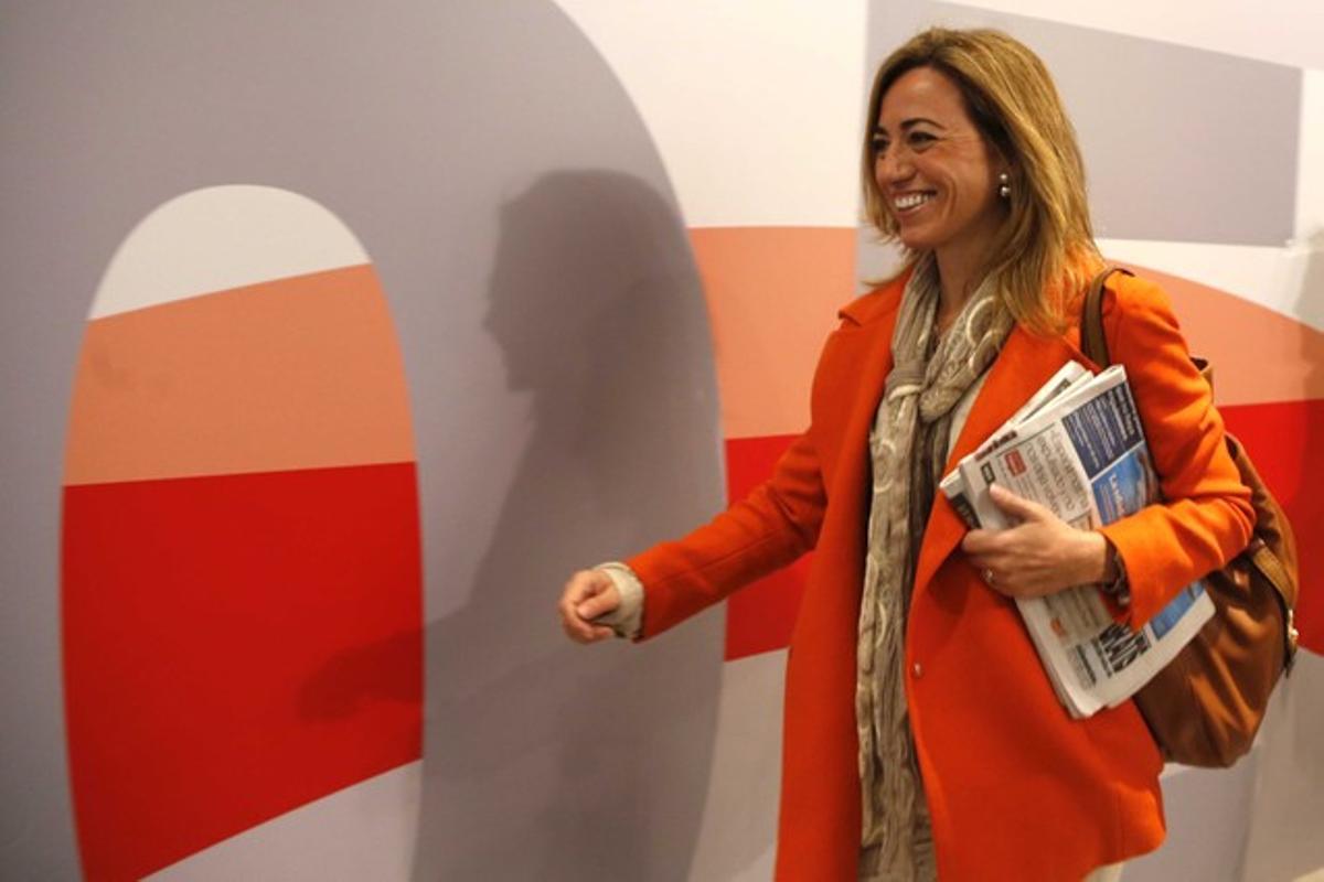 Carme Chacón, a su llegada a la reunión del comité federal del PSOE. AGUSTÍN CATALÁN