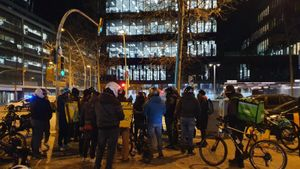 Protesta de 'riders' en hora punta a BCN per exigir a Glovo millors ingressos