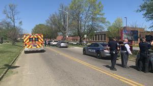 Diverses víctimes en un tiroteig en un institut a Tennessee