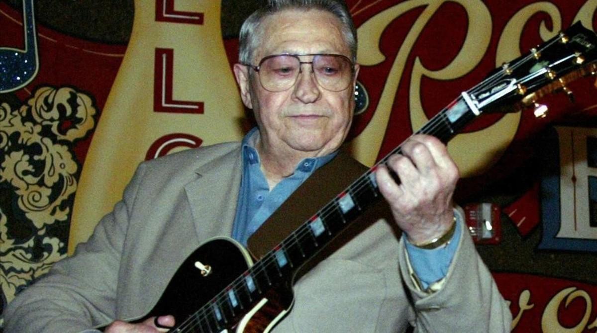 Scotty Moore, en el 2003.