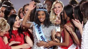 La jamaicanaToni-Ann Singh, coronada como Miss Mundo 2019.