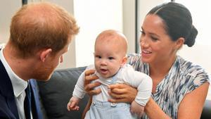 Enrique y Meghan con su primer hijo Archie en septiembre del 2019.