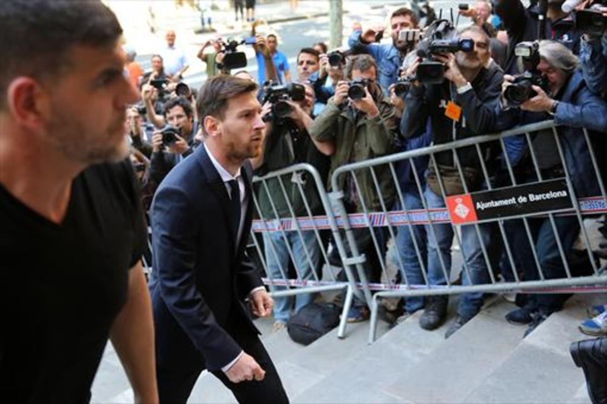 Leo Messi, en junio,a su llegada a la Audiencia de Barcelona para asistir al juicio.