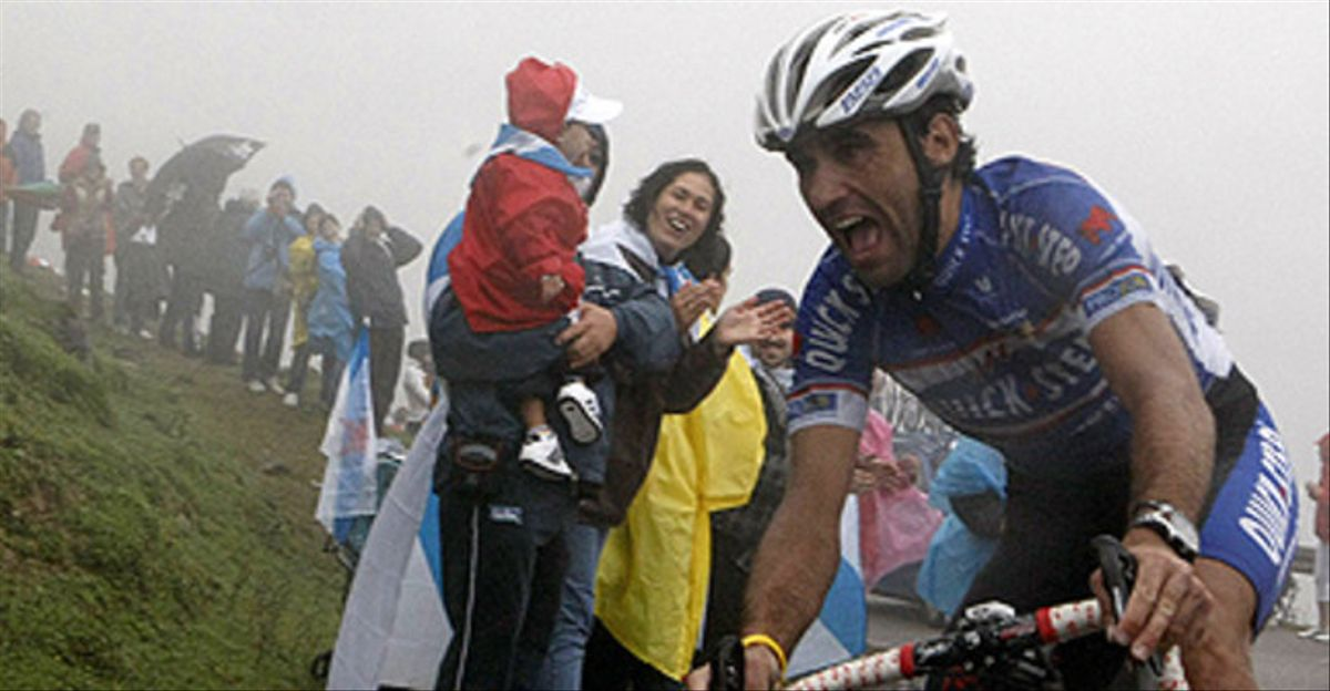 Carlos Barredo, en una etapa de la Vuelta Ciclista España del 2010.