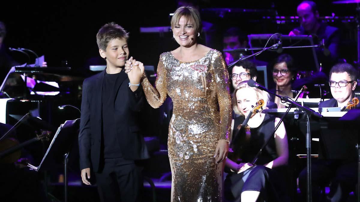 Concierto de Ainhoa Arteta en el Festival de Cap Roig, con joven pianista Guillem Hernández.