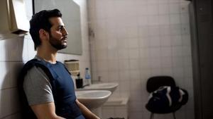 El actor malagueño Fran Perea, en la serie 'Kosta (The Paradise)'.