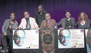 De izquierda a derecha, Jonathan Jiménez, Flavià, Pep Molina, el Pare Manel, Manel Fuentes y Mudit Grau.