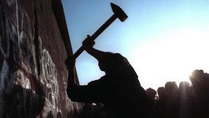 La caiguda inacabada del Mur de Berlín