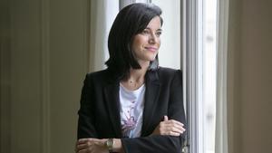 La editora Sandra Ollo, en la sede de los sellos Quaderns Crema y Acantilado.