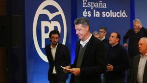 García Albiol, rodeado de la cúpula del PPC, tras comparecer para valorar los resultados del 21D.