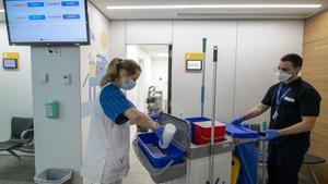 'Kellys' dels hospitals: «De nosaltres també depèn la salut del pacient»