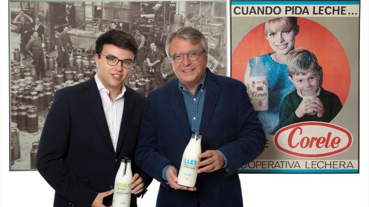 Alfons Subirana, padre e hijo, impulsores de la marca de leche fresca Corele, en su nueva etapa en el mercado.