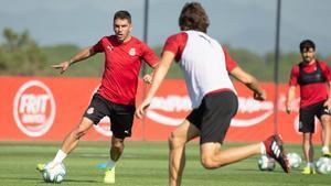Jonathan Soriano, en un entrenamiento del Girona.