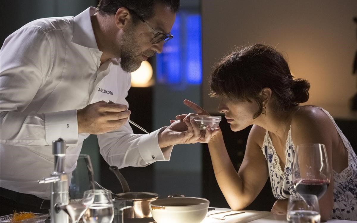 Inma Cuesta, con Quique Dacosta, en 'Una vida, una cena'.
