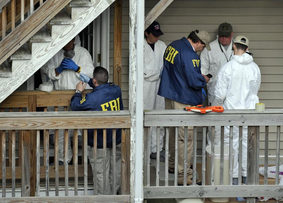 Las detenciones se practicaron de manera simultánea en El Centro y en San Diego.