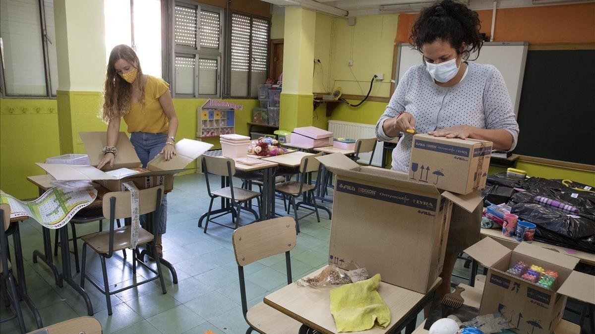 Preparativos de la vuelta al cole en la escuela L'Esperança de Barcelona, esta semana.