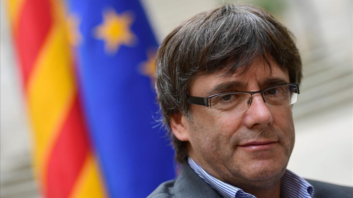 Puigdemont, en una imagen de archivo, durante una entrevista con la agencia AFP en Girona, el 30 de septiembre.