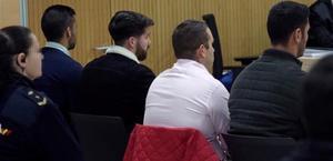 Vista de los cuatro miembros de 'La Manada',Alfonso Jesús Cabezuelo,JoséÁngel Prenda,Antonio Manuel Guerrero y JesúsEscudero,durante el juicio por los hechos acaecidos en Pozoblanco, celebrado el 18 de noviembre en Córdoba.