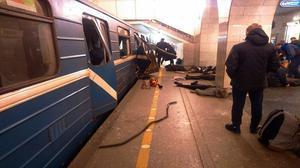 Al menos 10 muertos, y más de 22 heridos, en el atentado en el metro de San Petersburgo.