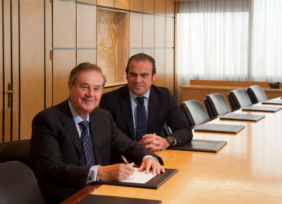 El presidente de Meliá, Gabriel Escarrer Juliá, y el hasta ahora vicepresidente, Gabriel Escarrer Jaume.