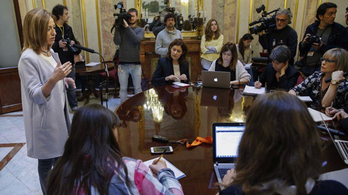 """Carme Chacón: """"Me voy por motivos políticos"""""""