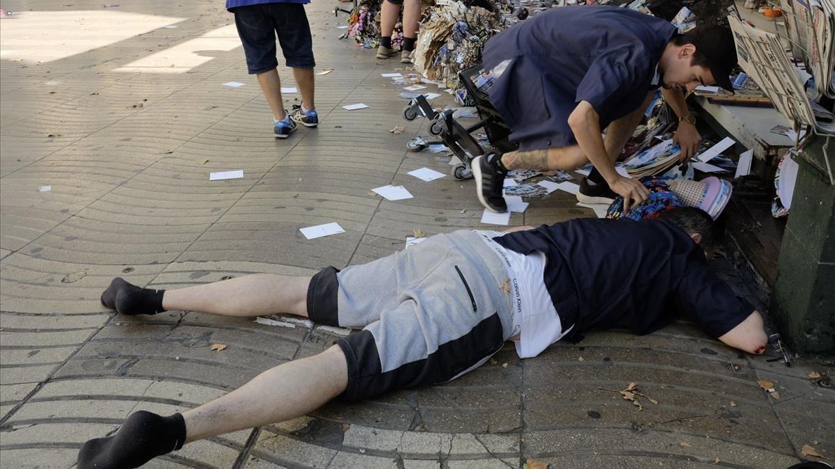 Víctimas en el atropello masivo de la Rambla de Barcelona