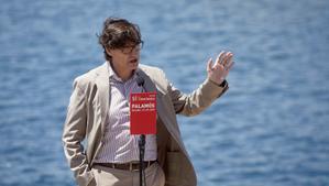 Illa apuntala el seu perfil institucional després d'assentar-se com a referent català de Sánchez