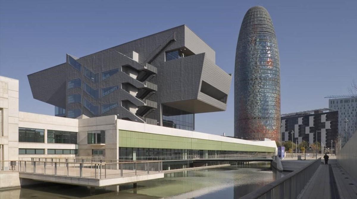 Edificio del Disseny Hub Barcelona, en Glòries.