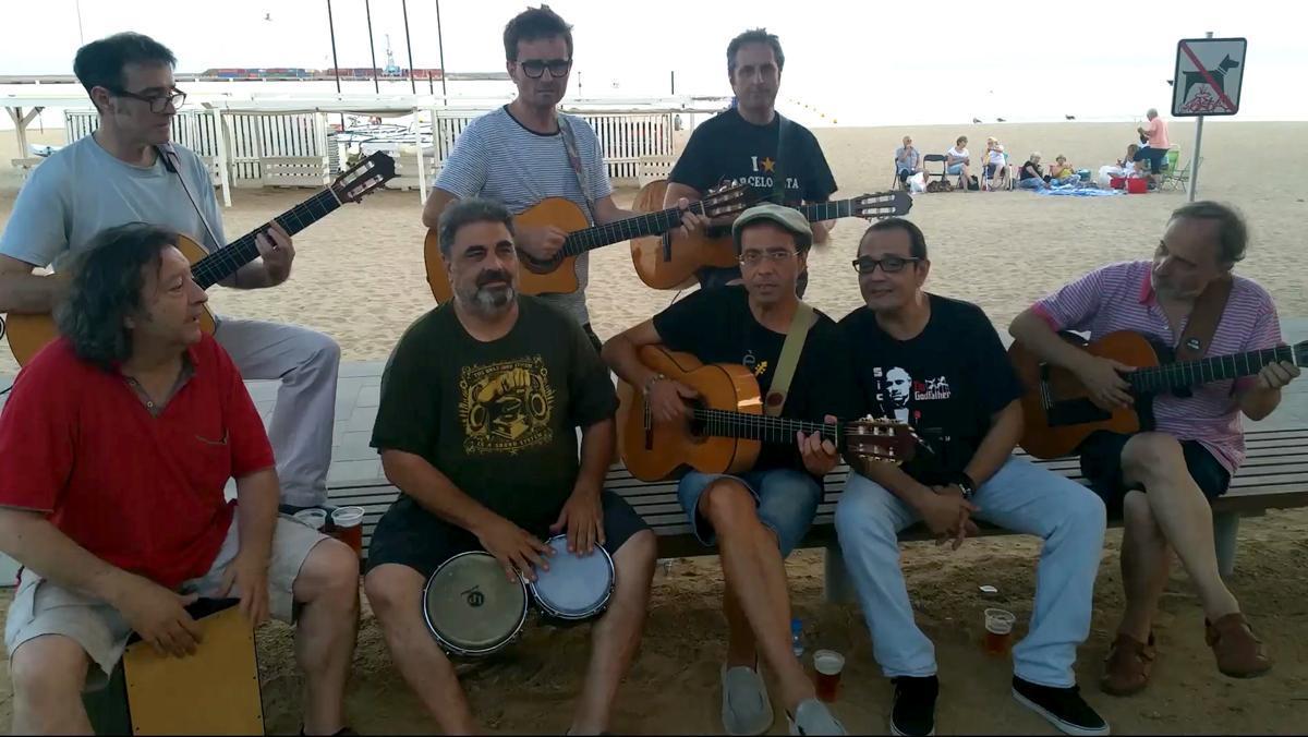 30 músicos cantan 'El muerto vivo' en un vídeo para recordar a Peret