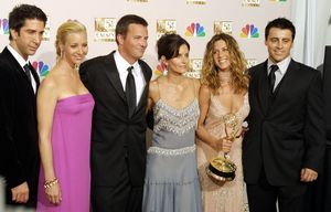 Los integrantes de 'Friends', en la gala de los Emmy, en Los Ángeles, el 22 de septiembre del 2002.
