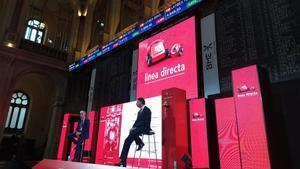 Preparativos de la ceremonia de salida a bolsa de la aseguradora de Bankinter Línea Directa.