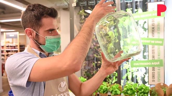 La apuesta por el clásico envase de agua retornable.
